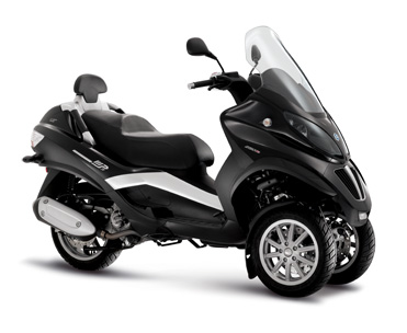 scooter piaggio mp3 400 lt sans permis moto concessionnaire kymco sur toulon azur motos. Black Bedroom Furniture Sets. Home Design Ideas